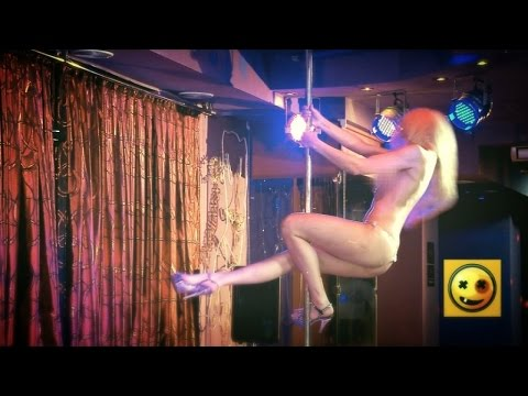 Naked and Funny Epic Pole Dance Prank (HD)