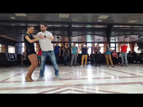 Salsa – Mania Latina Dance School