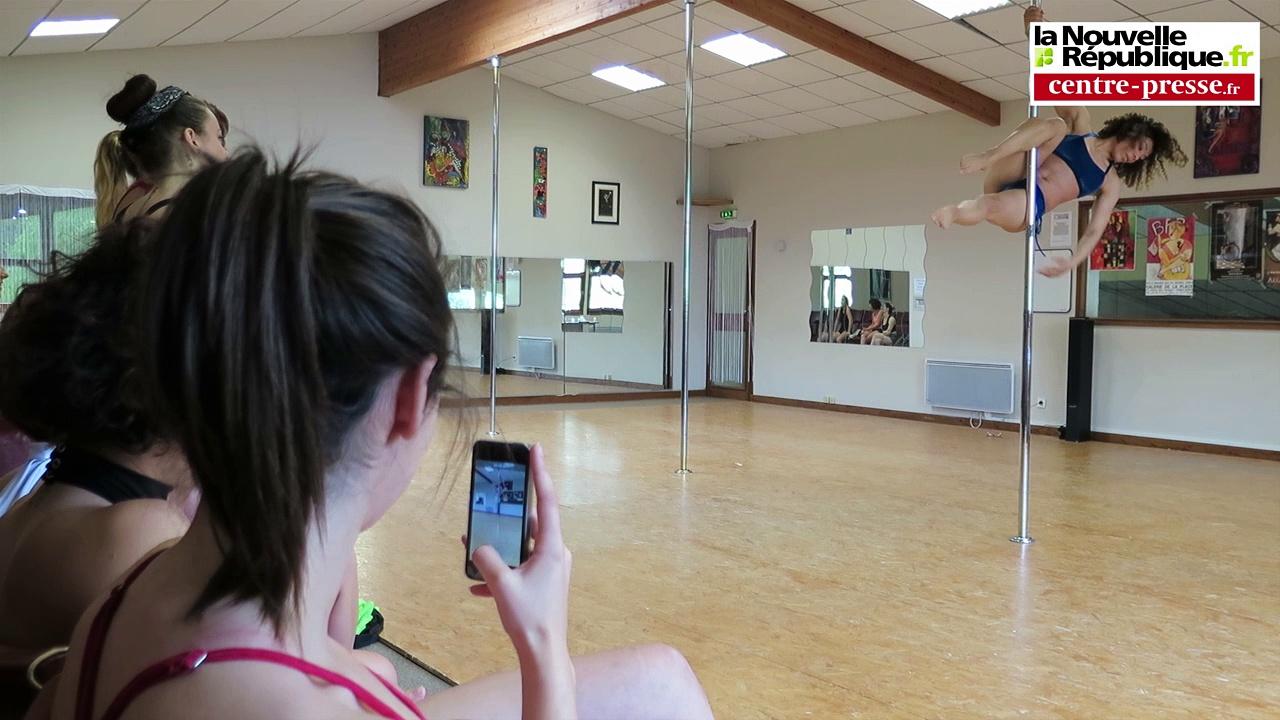 VIDEO. Mignaloux-Beauvoir. Pole dance : la championne de France à la barre