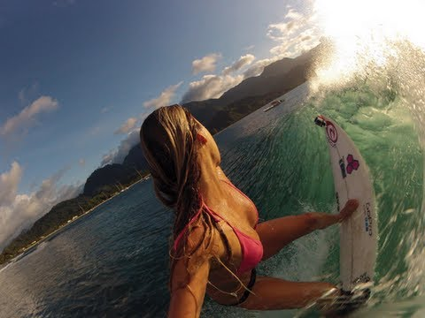 Go Pro Surfing: BIKINI FALLS OFF
