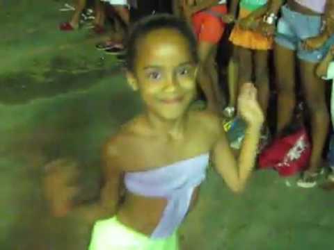 Whatsapp 2017 Meninas dançando Créu funk