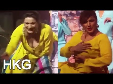 PAKISTANI NEW MUJRA 2018 SAIMA KHAN GRAM GRAM FULL ENJOYMENT STAGE DANCE HOT MUJRA 1080p