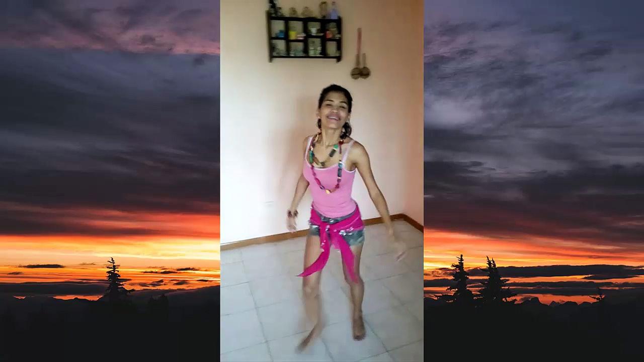 HOT Latina girl dancing on Bollywood movie song
