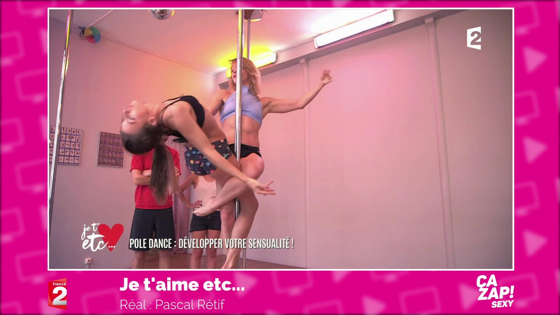 Leçon de pôle dance osée !