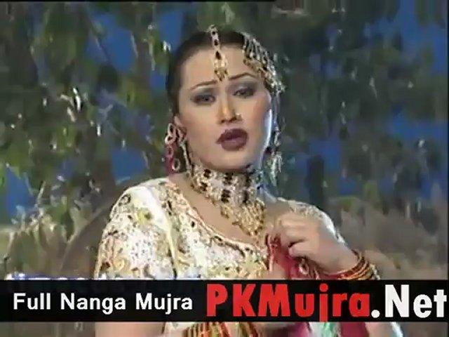pakistani mujra without clothes Nargis