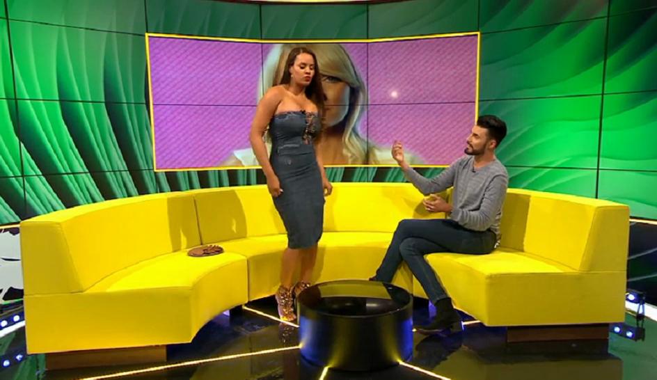 Lateysha Grace danse le twerk à la télé (FAIL)