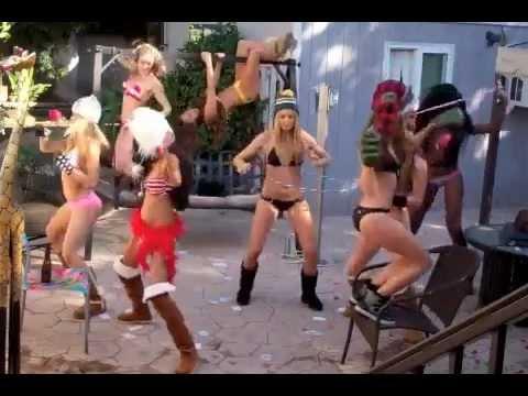 SEXY Harlem Shake with hot girl !