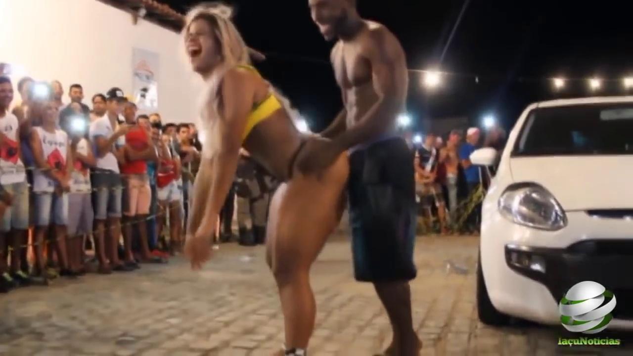 SEXY BRAZILIAN DANCING  – BIG ASS!!! ( 720 X 1280 )