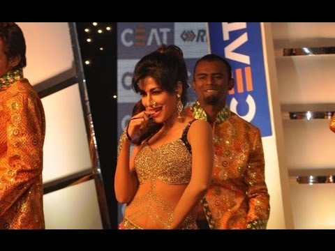 Chitrangada Singh's Sexy Dance Moves