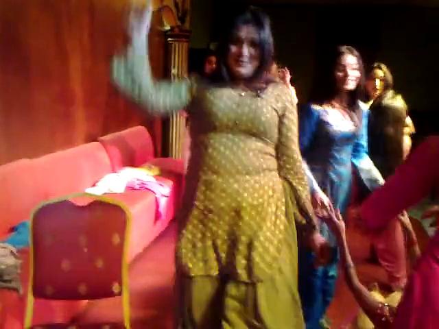 Ladies club dance best mujra 2018