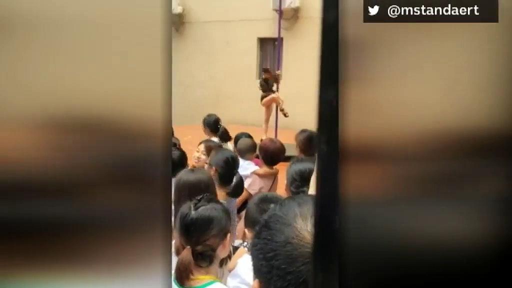 Une directrice d'école maternelle licenciée après avoir organisé un show de Pole dance pour la rentrée