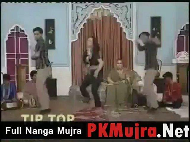New Madiha Shah Hot Pakistani Nanga Mujra dance