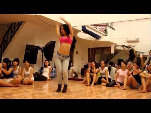 Lớp học sexy dance tại cty RUBYENTERTAINMENT
