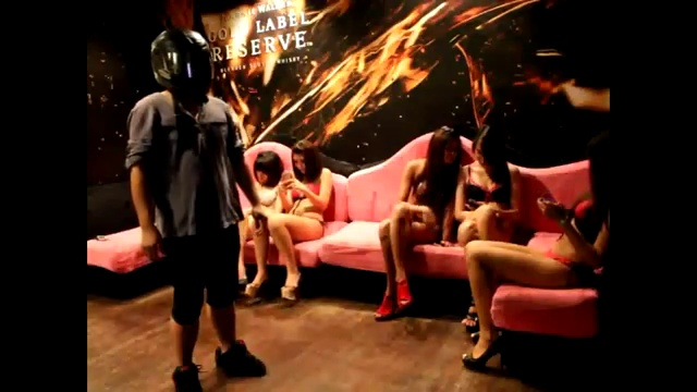 The Harlem Shake Best of Girls – Infamous Locker Room Bikini Edition – Original Baauer Harlem Shake