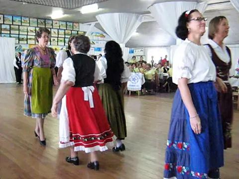 Dança senior 25 de Julho – Encontro de Dança da Terceira Idade do Município de indaial – II