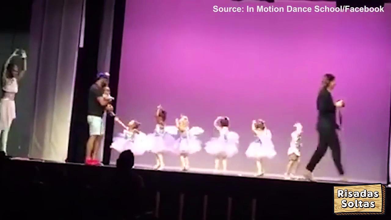 Pai dança ballet com bebé ao colo para salvar a filha do medo do palco