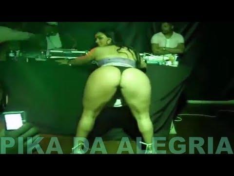 Andressa Soares [Mulher Melância]  de Vestidinho Curtinho na Dança do Créu
