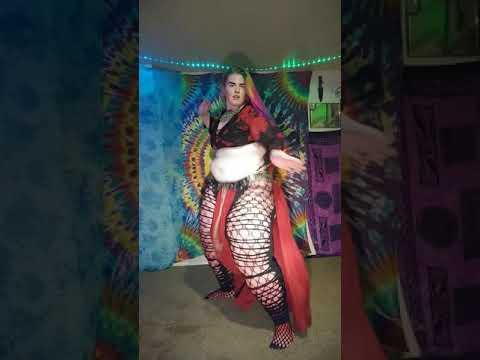 freestyle belly dance to All souls night by Loreena Mckennitt